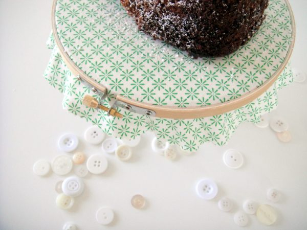 Diy Embroidery Hoop Cake Stand The Sweetest Occasion